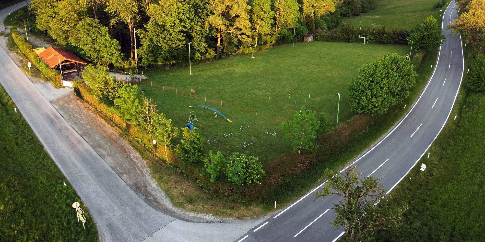 Luftaufnahme des Trainingsplatzes